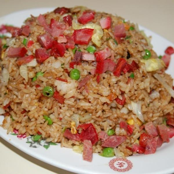 barbecued-pork-fried-rice