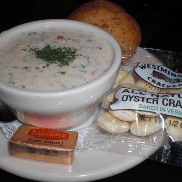 san-francisco-dungeness-crab-chowder