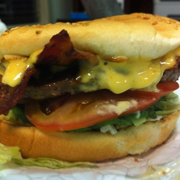 California Burger The Country Kitchen View Online Menu And Dish