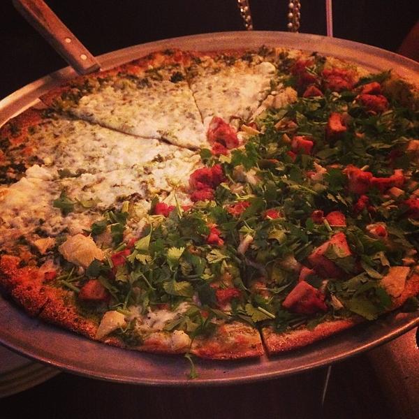 saag-paneer-pizza