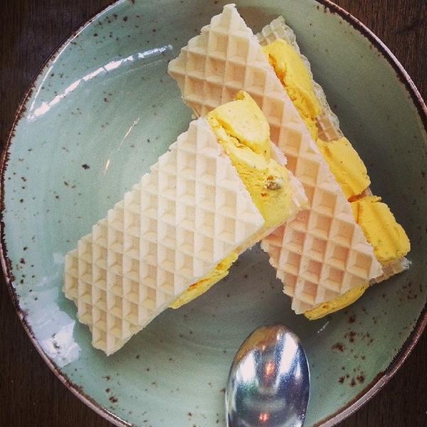 persian ice cream sandwich - Rumis Kitchen Menu