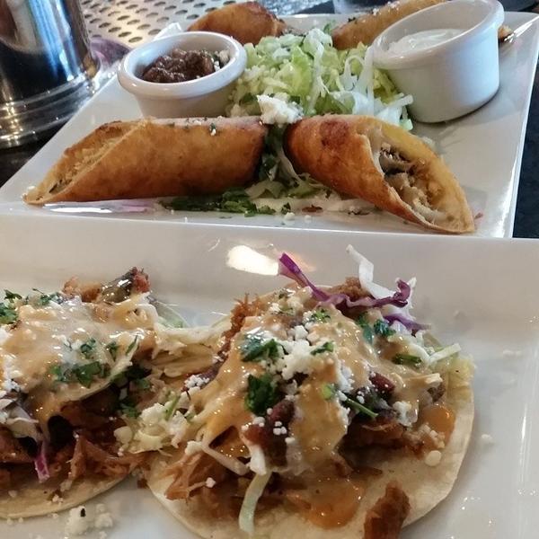 Gringo Tacos The Pour House View Online Menu And Dish Photos At Zmenu