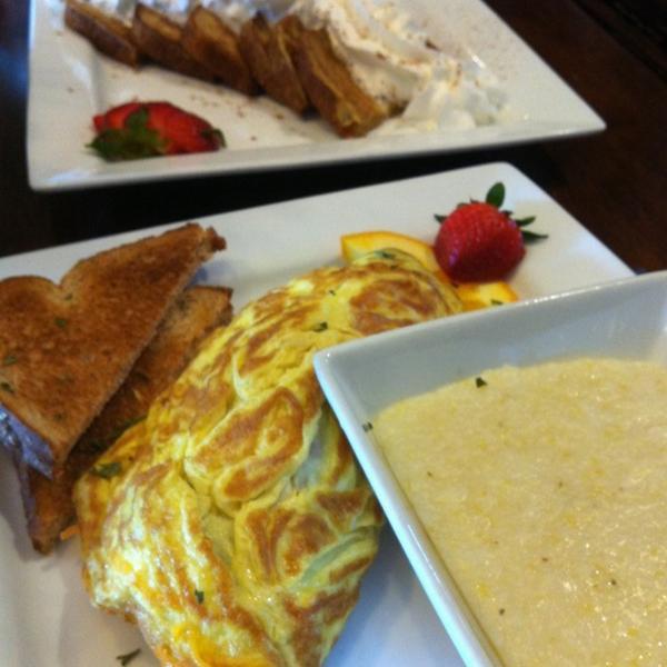 garden omelette - Garden Brunch Cafe