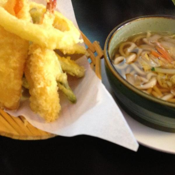 Tempura udon fat fish sushi view online menu and dish for Fat fish san leandro