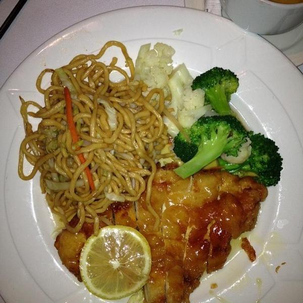 lemon chicken rice n roll view online menu and dish photos at zmenu zmenu