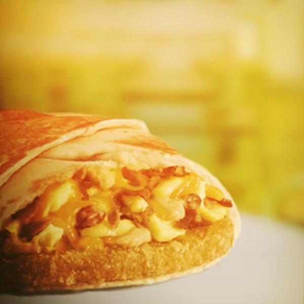 a.m.-crunchwrap®---bacon
