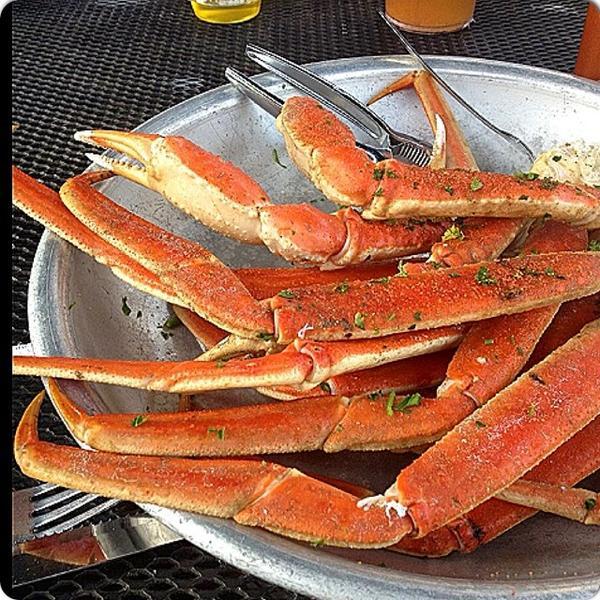 Snow Crab Back To Six Feet Under Pub