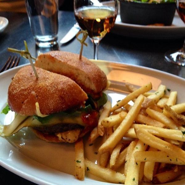 blue-bar-burger