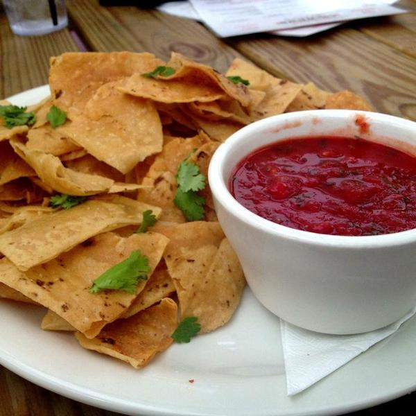 chips-and-salsa-bar