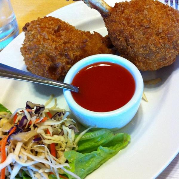 Angel Wings A Bakery Thai Food View Online Menu And Dish Photos