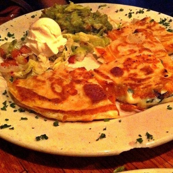 Quesadillas Acapulco Desperados Mexican Restaurant View Online Menu And Dish Photos At Zmenu