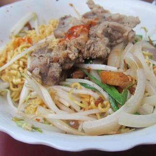 special-combination-(dried-rice-or-egg-noodle-w/-house-special-sauce)