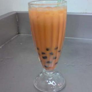 pearl-drinks---thai-tea