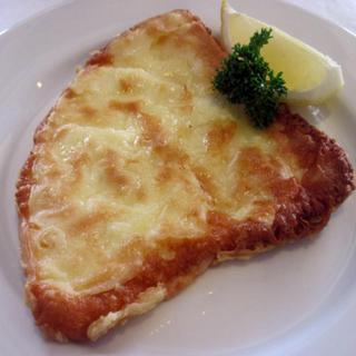 saganaki-flaming-cheese