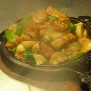seafood-&-tofu-on-sizzling-plate