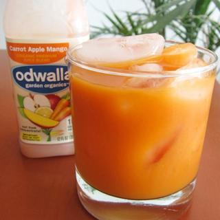 odwalla-orange-,-carrot-or-apple-juice