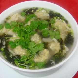 vegetable-pork-wonton-soup