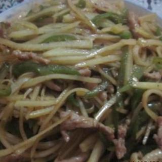 shredded-pork-&-potato-w/-hot-chili-sauce