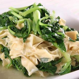 shanghai-style-vegetable-w/-bean-curd-sheet