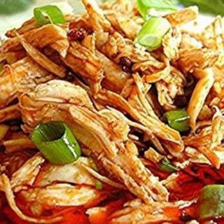 sliced-chicken-in-spicy-sauce