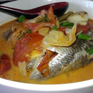 silver-carp-w/-tomato-soup