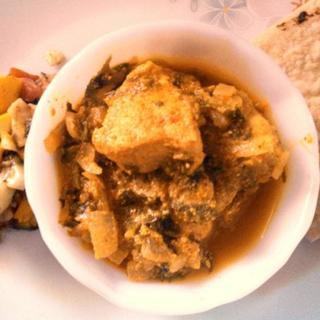 chicken-galeem-(mashed-chicken-simmered-with-lentics-and-barley)
