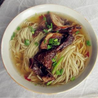 shanghai-style-soy-duck-noodle