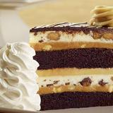 reeses®-peanut-butter-chocolate-cake-cheesecake