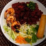 grilled-shrimps,-beef-&-egg-roll-over-vermicelli