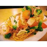 seafood-pan-fried-noodle