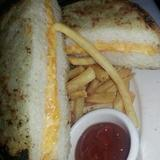 grilled-cheese-dinner