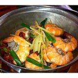 tom-yum-seafood-noodle-soup