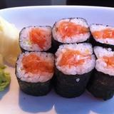 salmon-maki