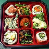 assorted-sushi-bento