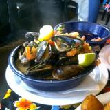 steamed-black-mussels
