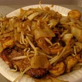 house-fried-chow-mein-or-chow-fun-(rice-noodle)