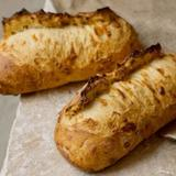 three-cheese-bread