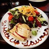 seared-rare-tuna-salad