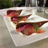 housemade-salmon-gravlax