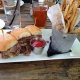 3-texas-cheesesteak-sliders