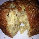fried-mac-&-cheese