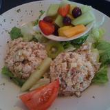chicken-salad-plate