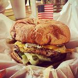 buffalo-cheeseburger