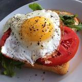 fried-egg-&-arugula